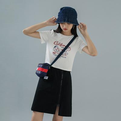 蜜妃儿短款高腰修身t恤女2020新款夏季短袖设计感露脐上衣潮