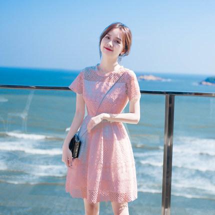 粉色裙子搭配技巧 这些搭配温柔又好看