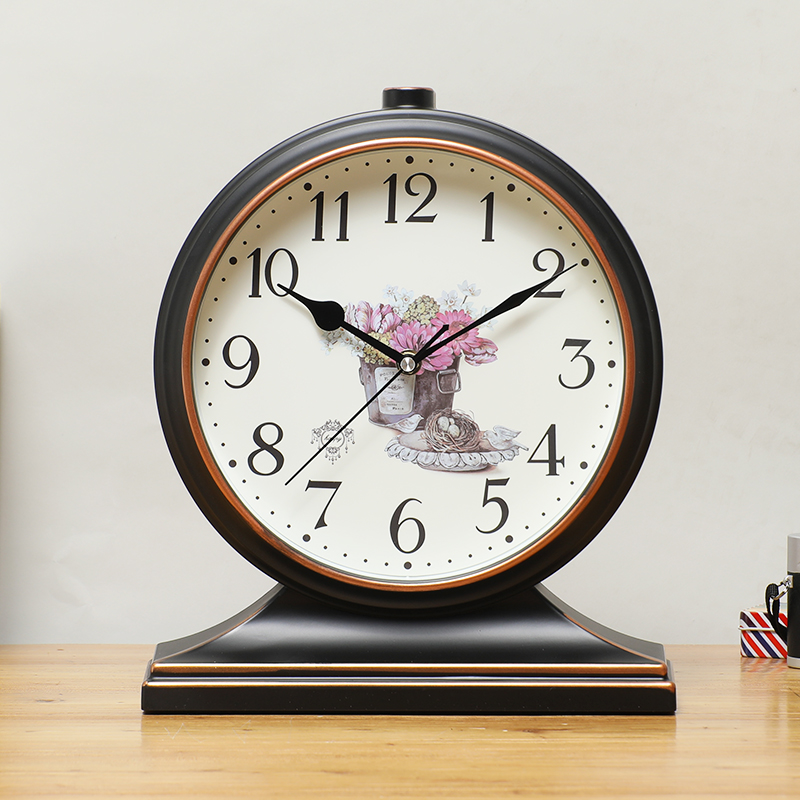 Table clock table clock home living room clock personality American large desktop desktop European-style retro clock bedroom ornaments