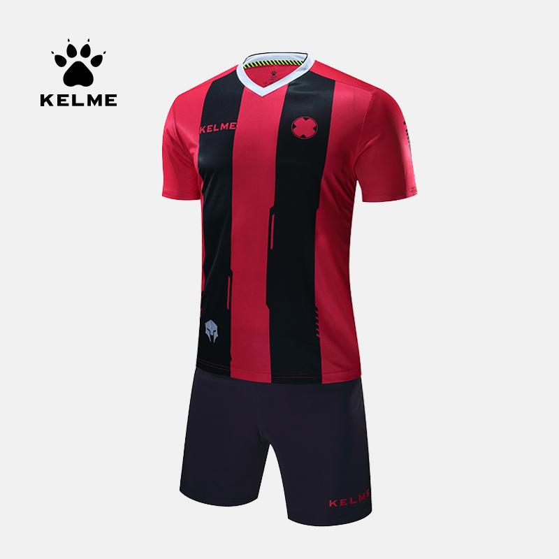 kelme Karl Mỹ đồng phục bóng đá thể thao phù hợp với quần áo thi đấu của nam giới tùy chỉnh đồng phục đội tay áo ngắn - Bóng đá