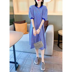 宽松蓝白细条纹泡泡袖连衣裙女中长款T恤裙2020新款秋装欧货时尚
