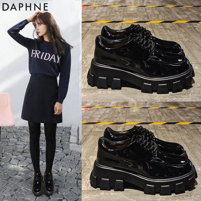 Daphne/Daphne Liu Wen the same patent leather platform platform shoes women 2020 new single shoes increased small leather shoes