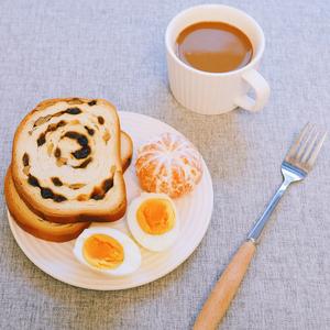达西妮亚俄罗斯风味大列巴新疆特产原味黑麦坚果面包健身代餐零食