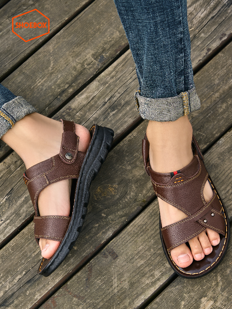 SHOEBOX/鞋柜凉鞋男士2021夏季新款真皮休闲沙滩鞋外穿爸爸凉拖鞋(达芙妮shoebox/鞋柜2021凉鞋男)