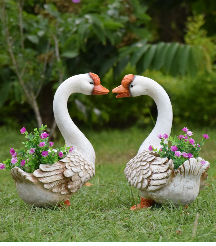 十堰户外园林景观欢迎玻璃钢雕塑仿真动物大白鹅摆件鸭子花缸庭院装饰 厂家直销 破损补寄 正规发票