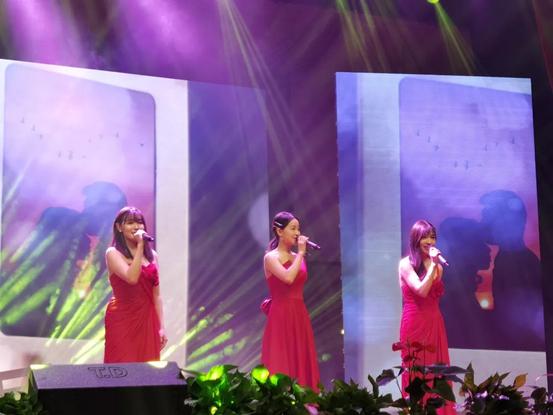 2021黑鸭子《女人花》巡回演唱会-杭州站