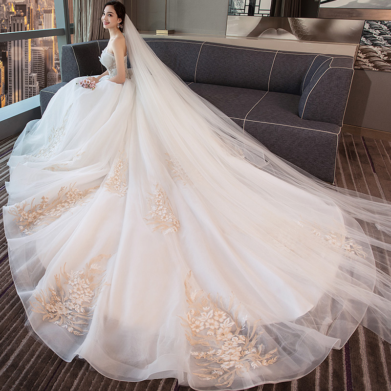 77c83692f1b White wedding dress 2019 new bride trailing princess fantasy Europe and the  United States Court bra sexy large size was thin