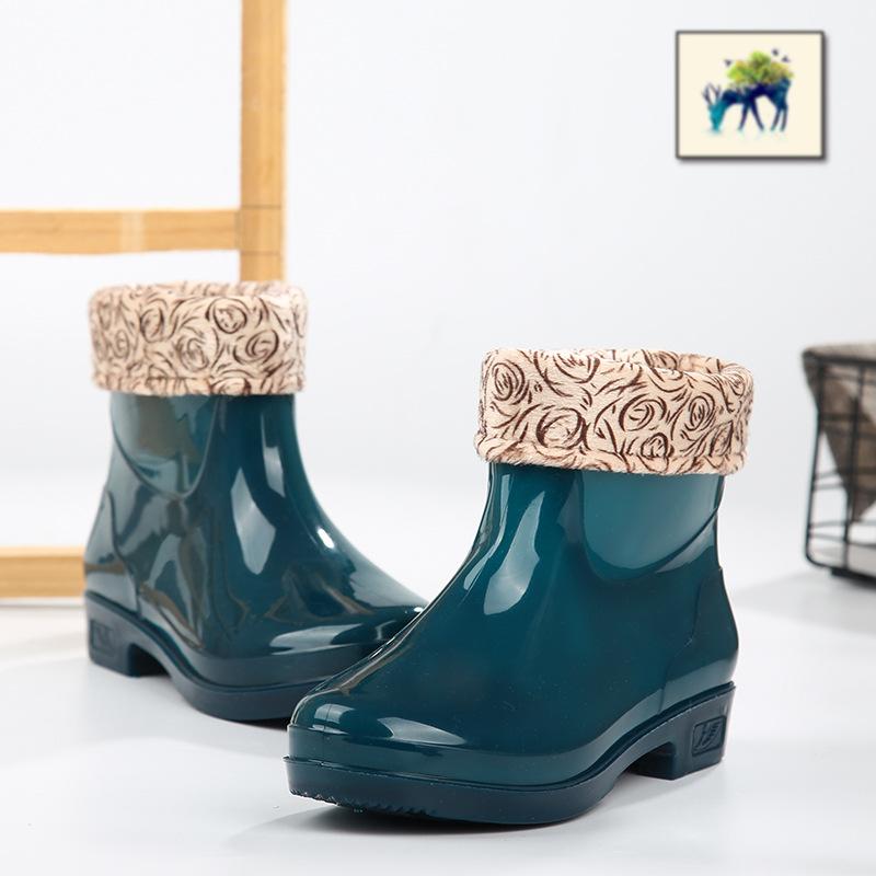 Giày đi mưa đế thấp cho nữ ống ngắn mặc cộng với nhung dày ấm mùa đông Giày ngắn chống thấm nước mưa dày đế dày chống trượt - Rainshoes