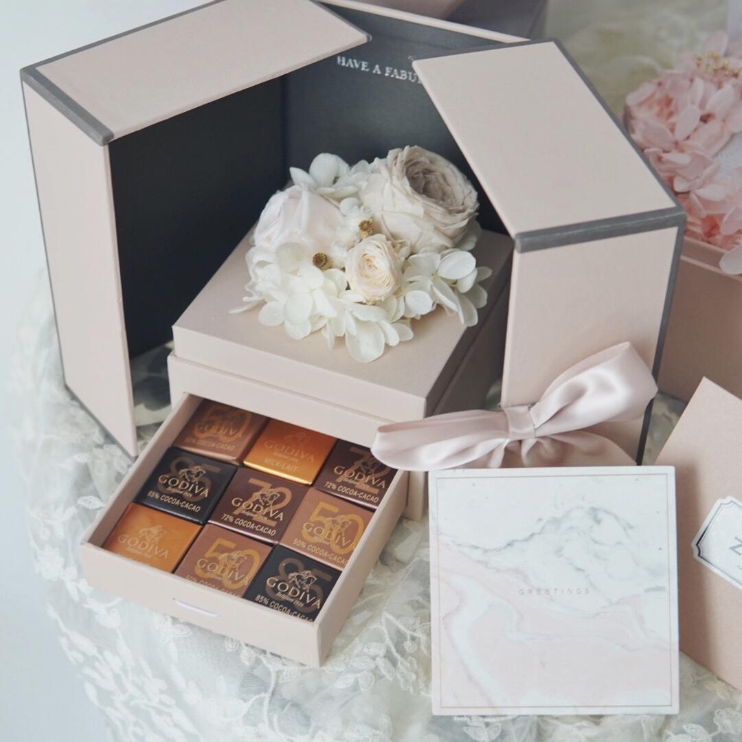 Hajj Godiva Chocolate Voluspa Aromatherapy Eternal Flower Gift Box