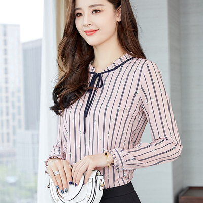 2018 Spring and summer new large size women's clothing fall clothing wear floral shirt middle-aged hedging long sleeve chiffon shirt