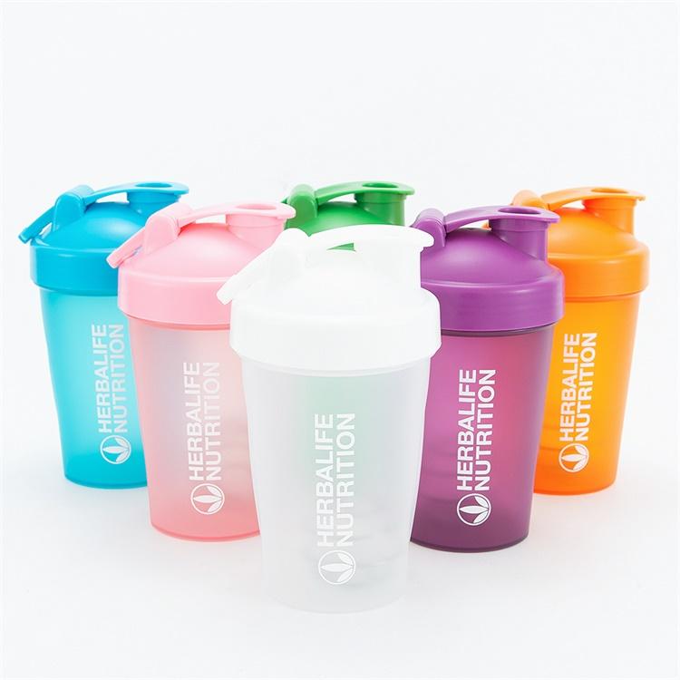 摇摇杯蛋白粉塑料水杯小容量小巧刻度杯子贺宝芙奶昔杯健身杯包邮详细照片