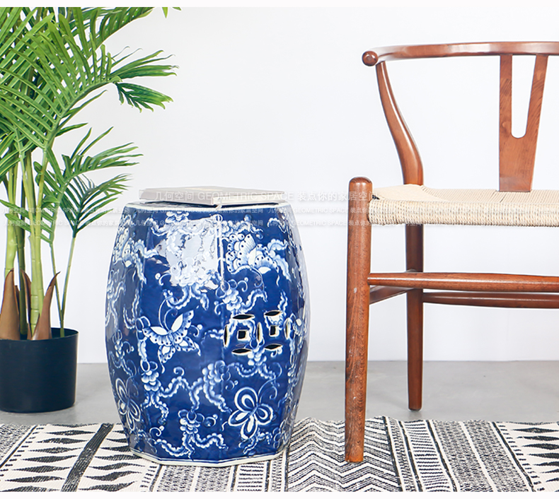 The New Chinese blue and white hand eight side drum who classical household ceramics handicraft sofa side of the head of a bed what floor furnishing articles