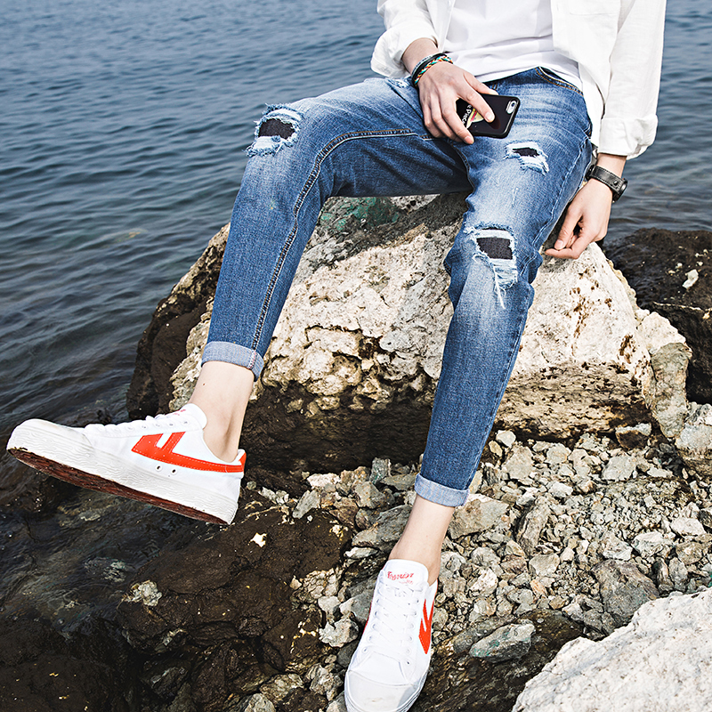 Sea View-New Style Spring-Summer Light-Colored Cotton Ripped Men's Denim Cropped Pants