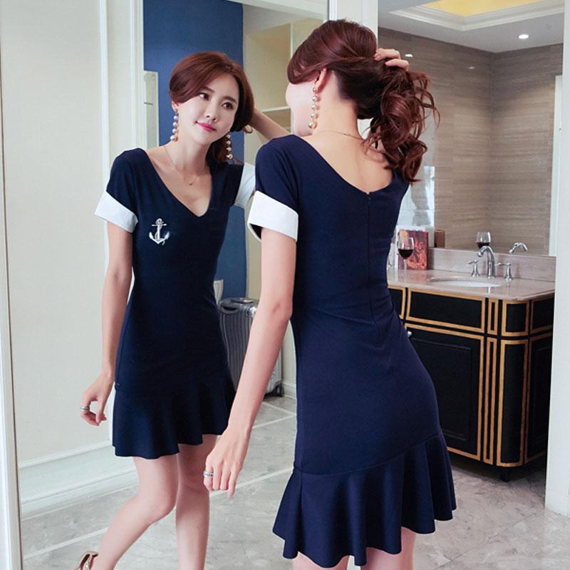 2018夏季新款气质女装韩版低胸深V领修身显瘦短袖名媛连衣裙女潮