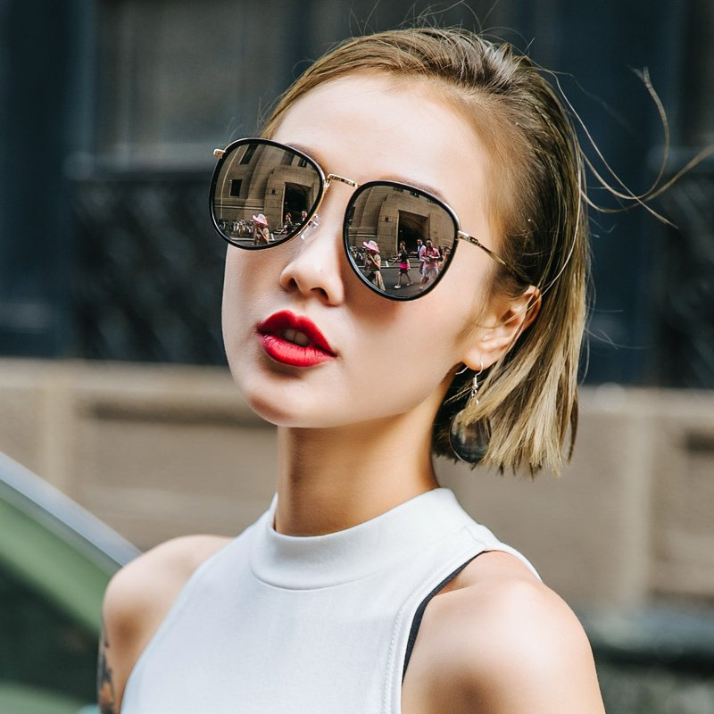 126ddbe53aac 2018 new women s sunglasses Korean version of the tide ins net red ...