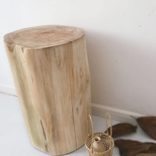 Nordic solid wood wooden pier stump wooden pile stool shoe replacement stool simple wooden stool log side a few bedside table pier decoration
