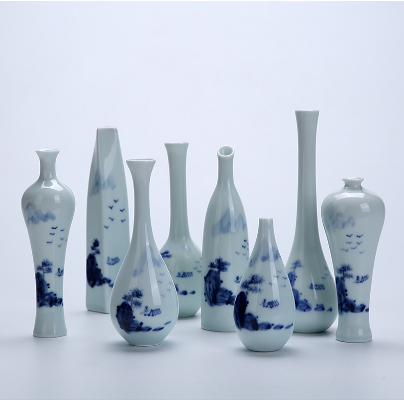 Hand made blue and white jade net bottle of home sitting room of new Chinese style flower mesa place zen ceramic vase of blue and white porcelain