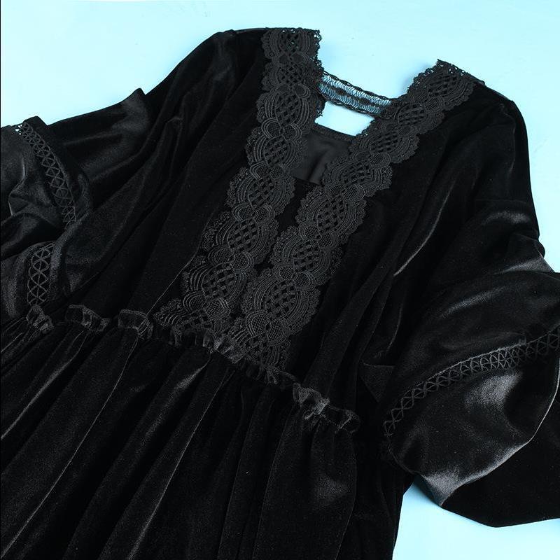 特大码春季240斤300斤加肥加大宽松丝绒连衣裙洋气显瘦蕾丝连衣裙