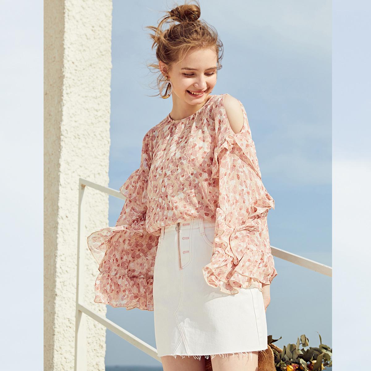 乐町露肩雪纺衫2018夏装新款女装遮肚子洋气荷叶边袖上衣超仙气质
