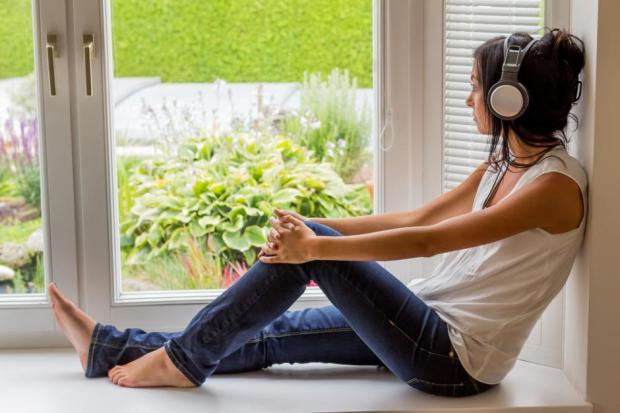ASMR视频可以帮助我们放松助眠,清醒头脑,舒缓压力
