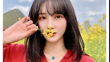 虎牙集梦新女主播,竟然是湖南国际台主持人,谢娜的师妹