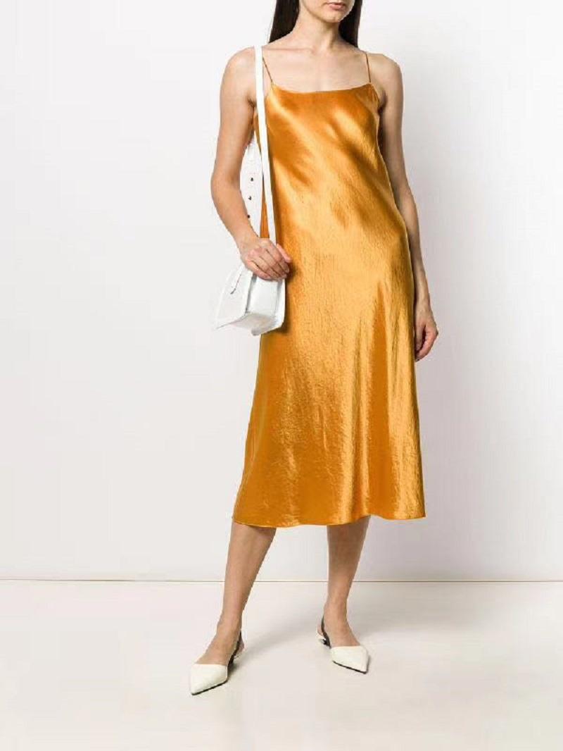 范范美代Vince醋酸纤维经典光泽打底缎面款连衣裙吊带裙