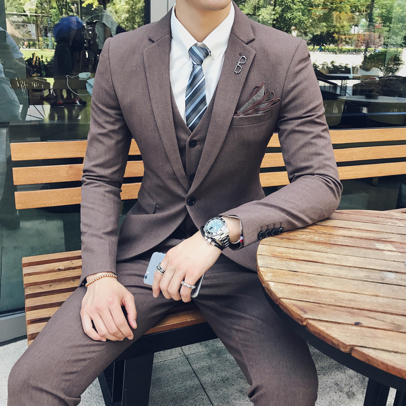 BROWN  SUIT + PANTS + VEST  TO SEND A TIE