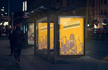 车站站牌路灯广告牌发光灯箱海报提案效果展示PS样机贴图设计素材 Y0063