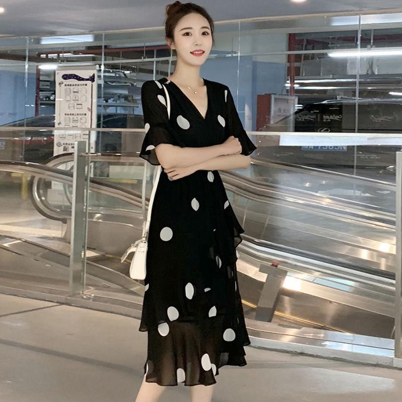 新款大码波点时尚荷叶边显瘦连衣裙
