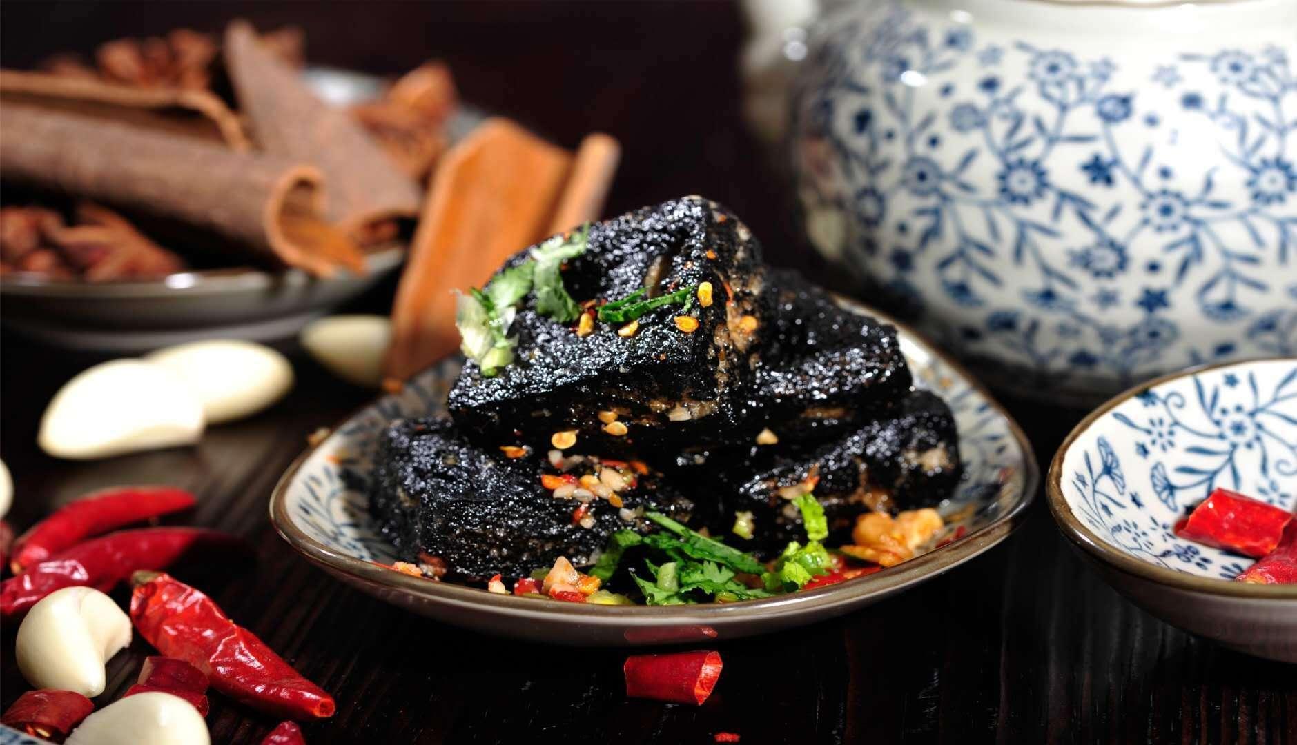 黑色经典臭豆腐,让你享受正宗长沙味15