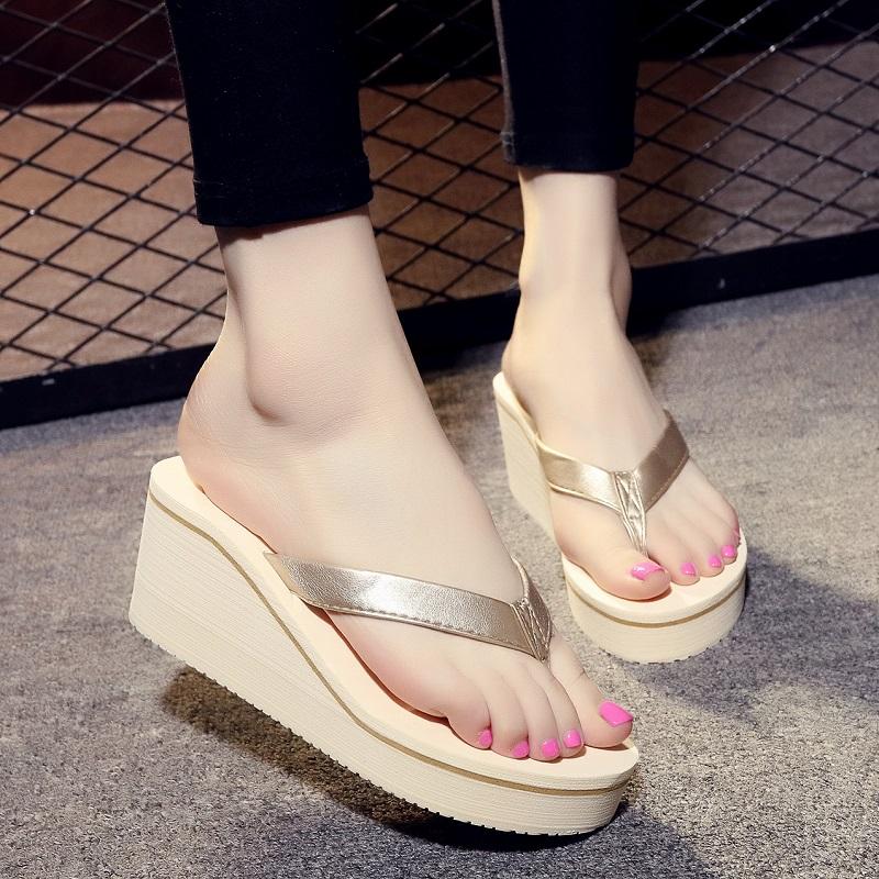 夏季时尚拖鞋厚底人字拖鞋女士坡跟高跟凉拖鞋沙滩鞋夹拖外穿松糕