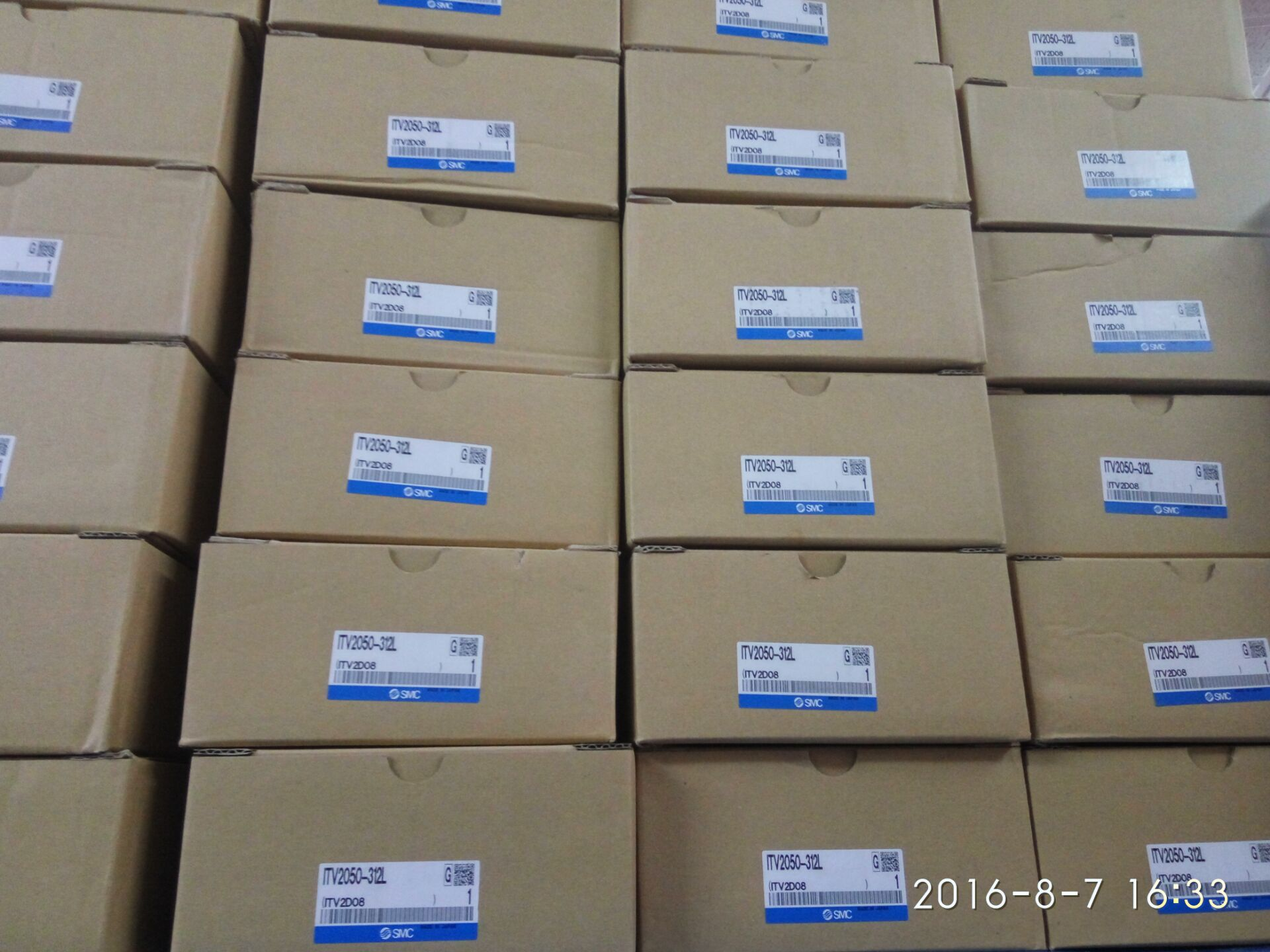 Качественная оригинальная продукция SMC доля клапан ITV1050-311L-312L--312N-322L-402L спотовые продажи .