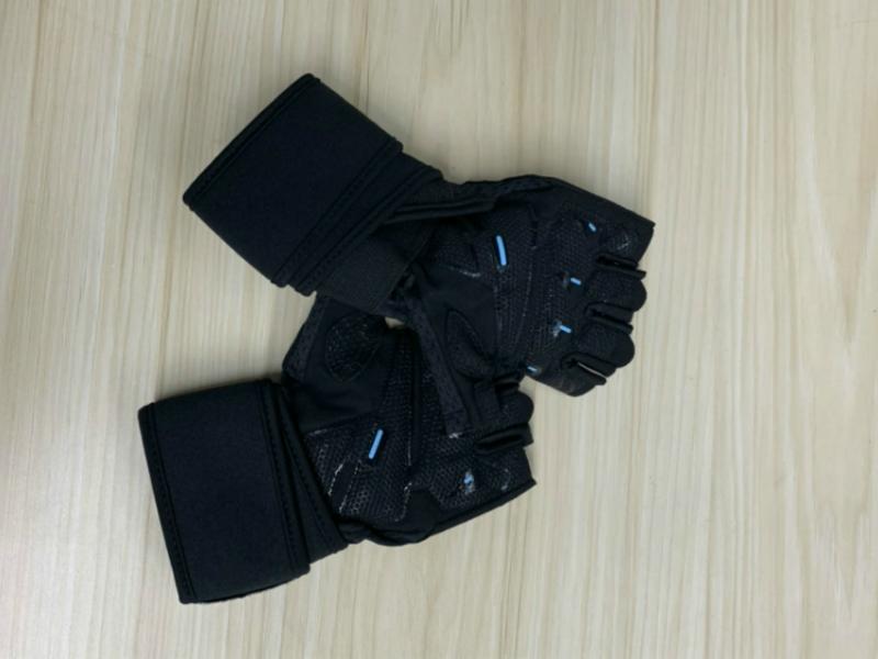 为什么选择准者运动手套,小编带你来评测