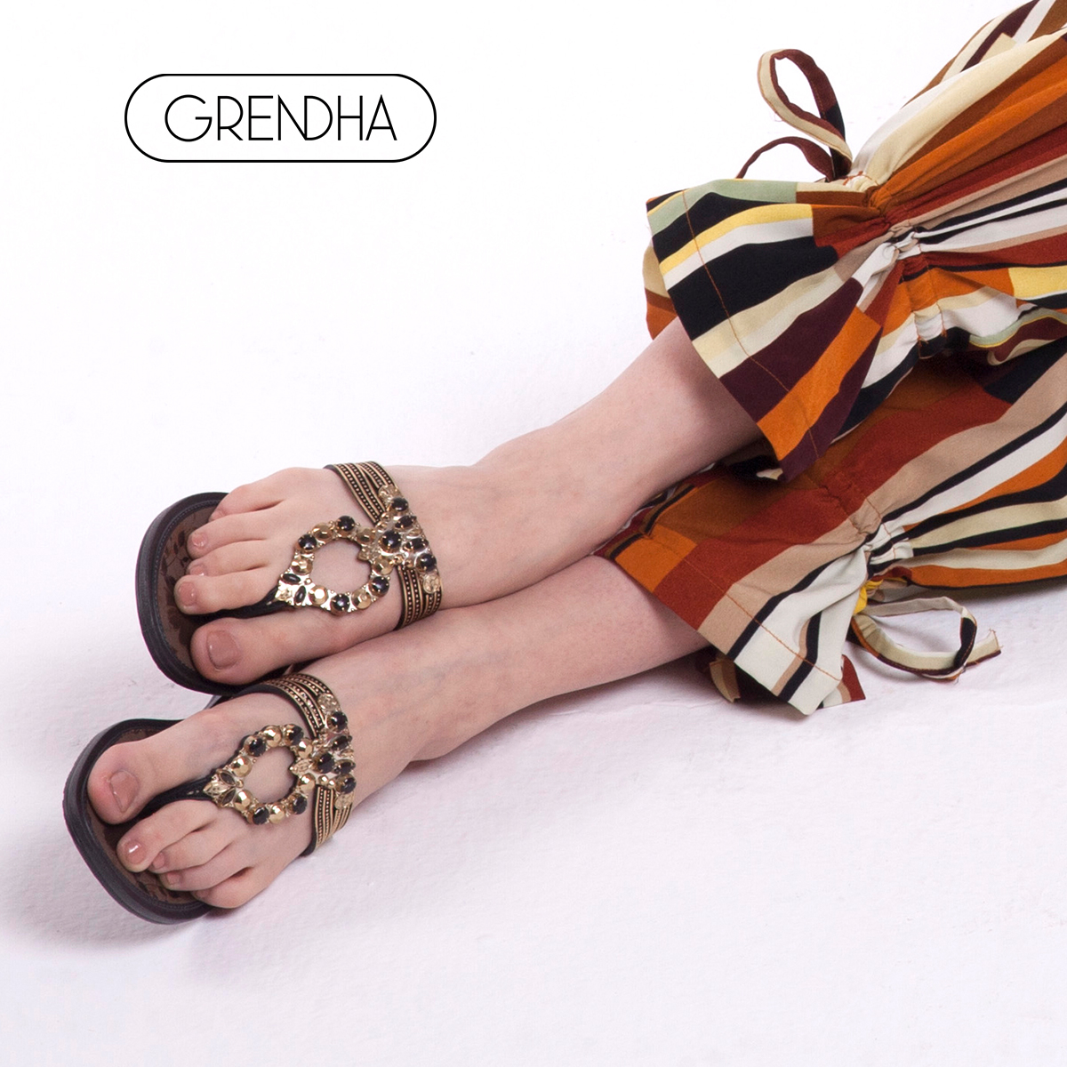3a1858283 GRENDHA2018 spring and summer new flower diamond series summer flat with light  luxury imported thong sandals ...