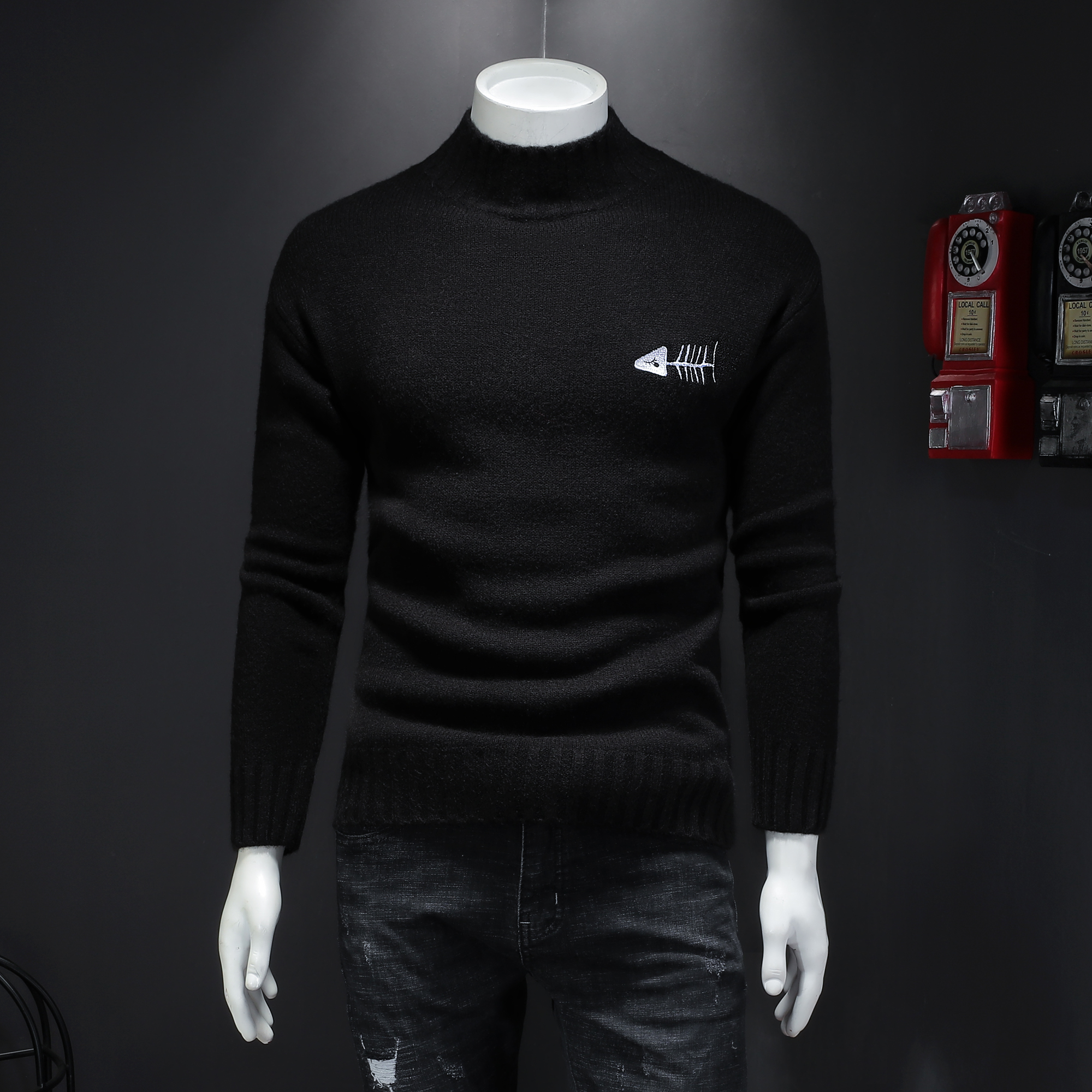 男士冬季半青年针织衫打底加厚针织毛衣潮男韩版高领线衫男款刺绣
