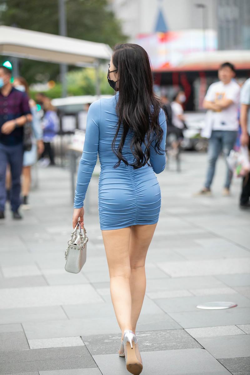 包臀裙美少妇的韵味【套图】 27862786  帖子ID:823