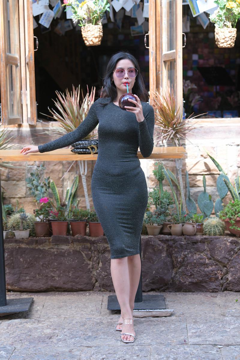 红石大理旅拍作品第五篇黑色裹身长裙美女【视频+图片】 24192419  帖子ID:761