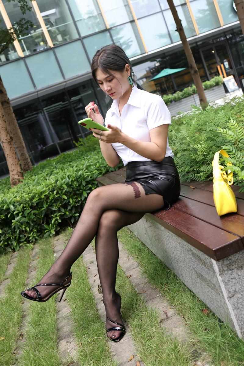 范家辉模拍作品皮裙黑丝【套图+视频】 13281328  帖子ID:821