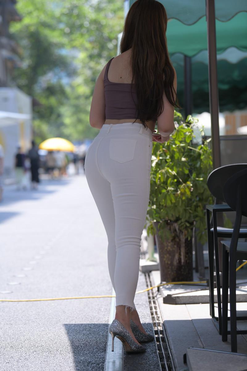 宅宅街拍作品白色牛仔裤小姐姐【套图+视频】 21912191  帖子ID:803