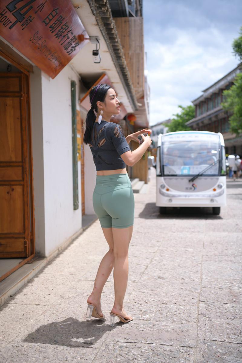 魂魂大理旅拍作品第六篇绿色短裤美女【图片】 39653965  帖子ID:768