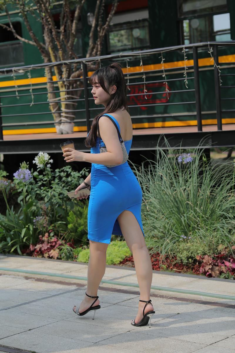 凯恩模拍作品丰腴的蓝色包臀裙美女【视频+图片】 26952695  帖子ID:763