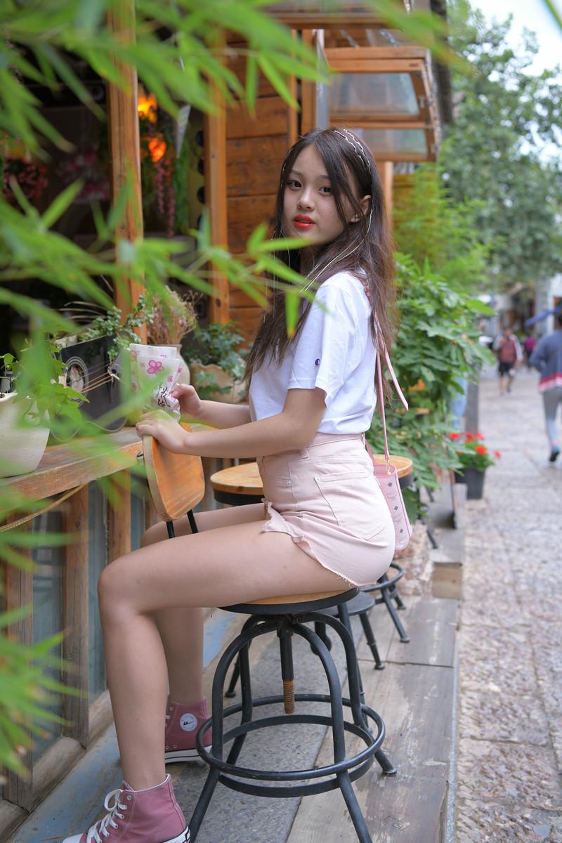 红石旅拍作品第四篇粉色牛仔裙小妹【视频+图片】 98449844  帖子ID:760