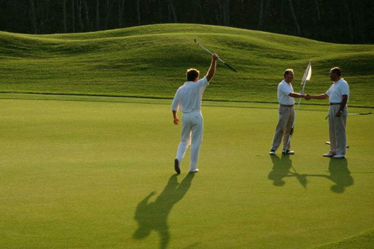烧钱还是奢华?这才是高尔夫球运动