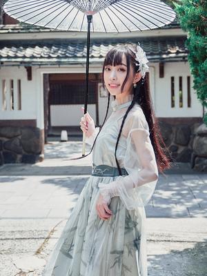 【十三余 小豆蔻儿】[幽竹]刺绣网纱长袖上衣绣花内搭吊带套装秋