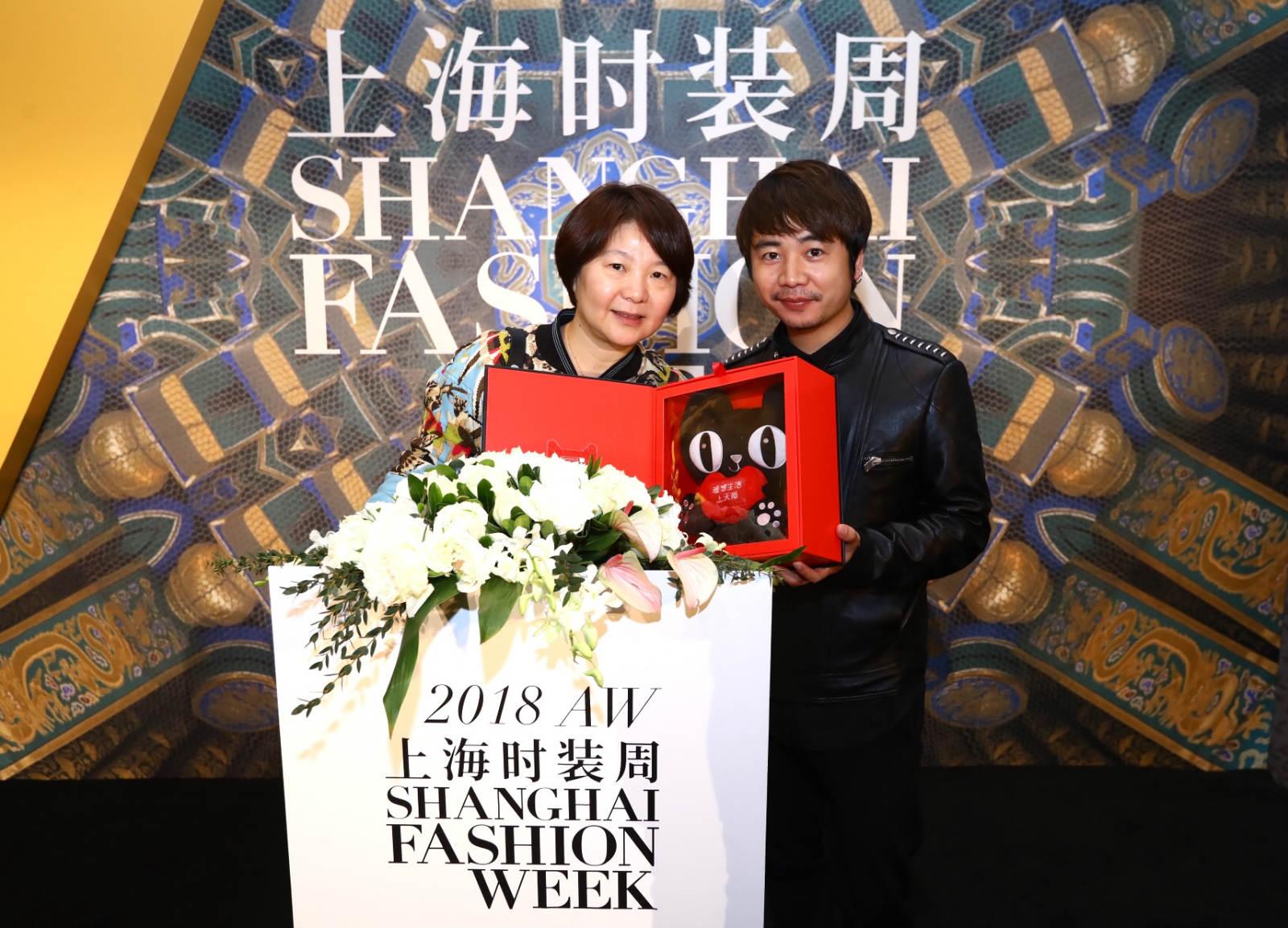 天猫和上海时装周战略合作 来看云上时装周