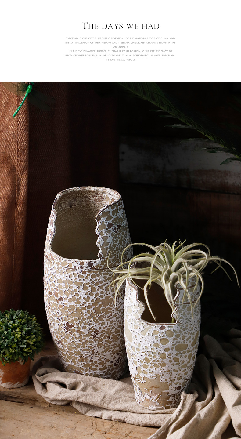 Incision flowerpot gap coarse pottery meaty plant rose violet arenaceous other heavy ceramic POTS mage old running the flowerpot