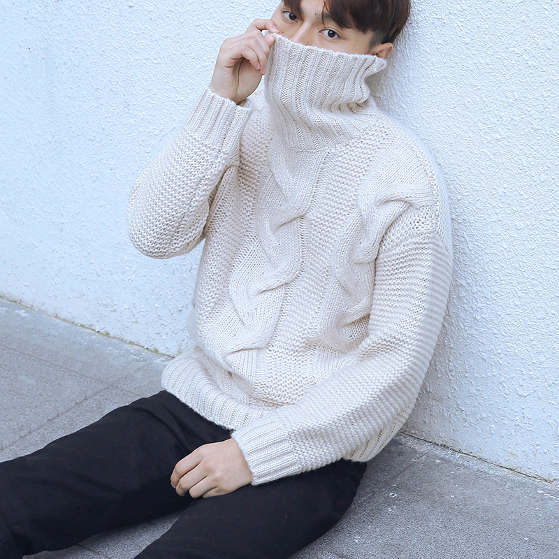 9f6e0fd0c29 Winter new men and women retro twist turtleneck sweater Korean version of  the loose thick line ...