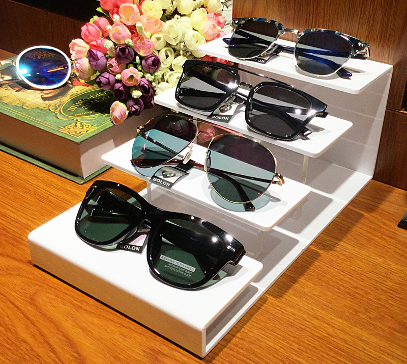 c2913fc974 Nine degrees creative new acrylic ladder glasses sunglasses display props  jewelry jewelry display stand