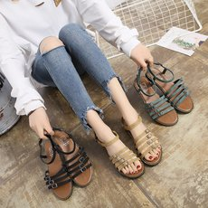 Summer sandals female wild Roman trend summer shoes female life with new casual shoes flat student sandals