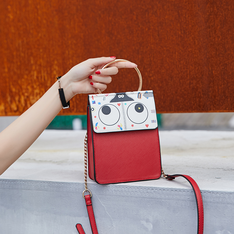 网红同款包包女包新款2019学生少女百搭可爱卡通斜挎单肩包手机包